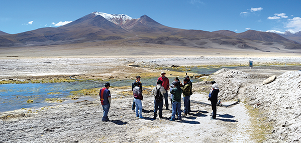 El Abra and the indigenous community of Ollagüe signed a collaborative environmental protection agreement to jointly monitor the Salar de Ascotán watershed.